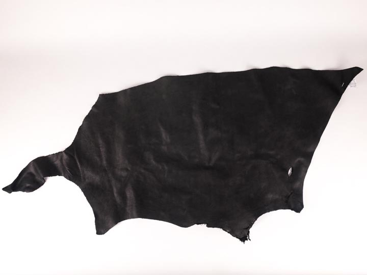 3 oz Horse Leather: Black (sq ft)