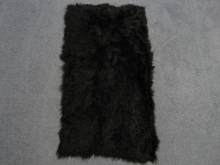 Dyed Cashmere Goat Plate: Black