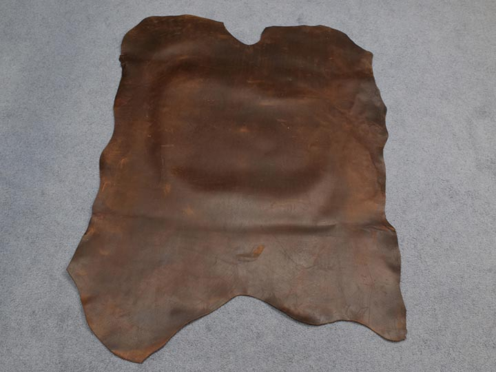 Distressed Woodland Pig Leather: Natural (sq ft)