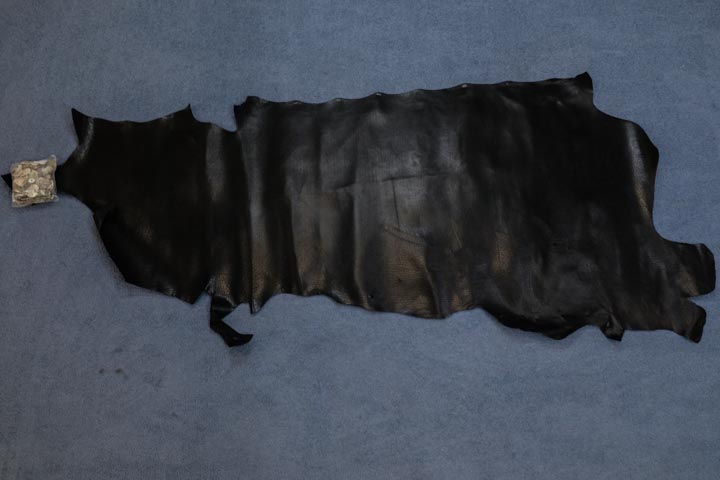 Santa Fe Buffalo Upholstery Leather: Black (sq ft)