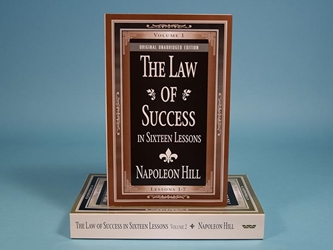 <i>The Law of Success in Sixteen Lessons</i> (Two-Volume Set)