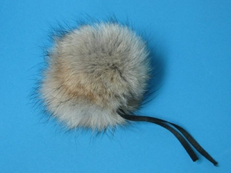 Fur Pompom: Coyote: Natural coyote fur pompoms, coyote fur pom poms