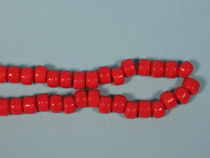 9mm Crow Beads: Opaque Red (kg) glass beads