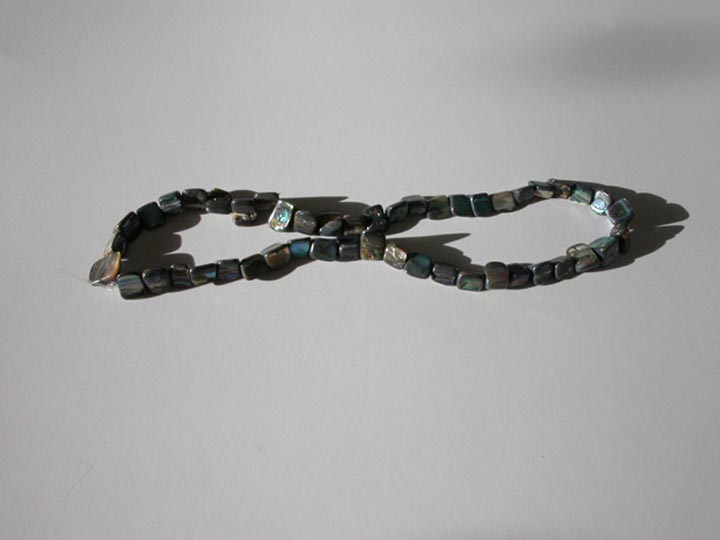 "Paua Shell Beads: Medium (>0.75""): Strung"