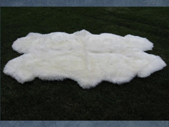 "Australian Sheepskin Quarto Rug: ~71"" x 41"": Ivory (Natural White)"