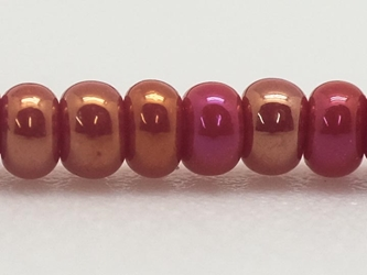 10/0 Czech Glass Seedbead Medium Red Aurora Borealis (Hank) glass beads