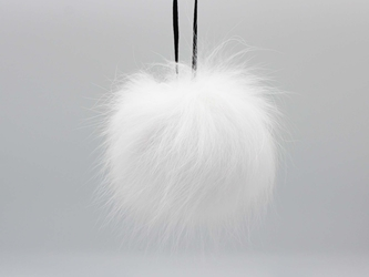 Fur Pompom: Canadian Arctic Fox: Natural fox fur pompoms, fox fur pom poms