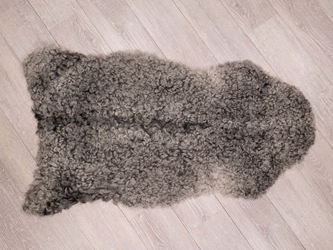 Gotland Sheepskin: Curly Gray: 100-110cm: Assorted