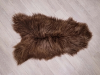 Dyed Icelandic Sheepskin: 110-120 cm: Chestnut: Assorted