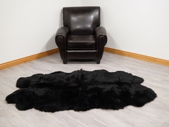 "Dyed Australian Sheepskin Quarto Rug: ~71"" x 41"": Black"