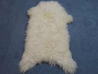 Romanian Sheepskin: Natural White: Gallery Item