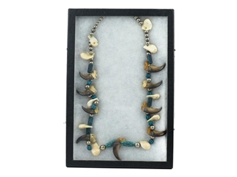Real One-of-a-Kind Black Bear Claw and Elk Tooth Necklace: Gallery Item