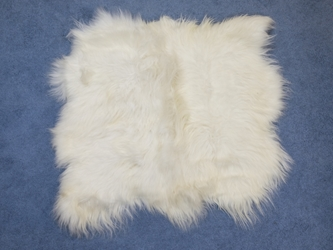 Icelandic Sheepskin Rug: ~4x4 ft: White: Gallery Item