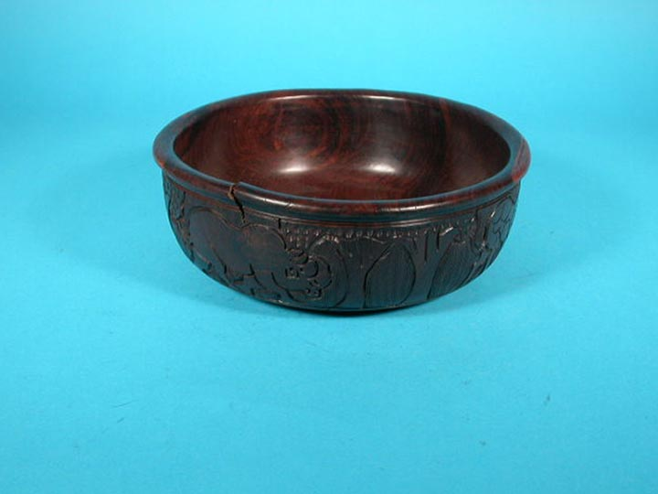 African Wooden Bowl: Gallery Item