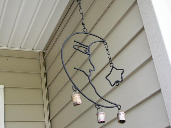 Metal Wind Chimes: Gallery Item