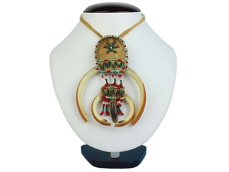 Ojibwa Fancy 4-Tooth Beaver Necklace: Gallery Item