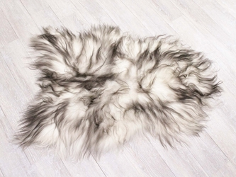 Dyed Icelandic Sheepskin: 100-110 cm: Blacky Brown Tipped: Gallery Item