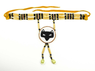 Iroquois 4-Row Cow Bone Choker with Ojibwa Rosette: Gallery Item